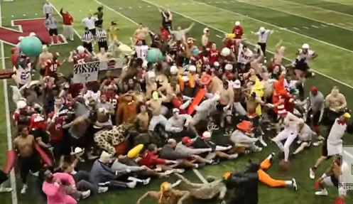 Husker Football Players Do Harlem Shake